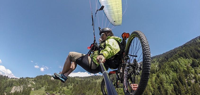 Die Idee lag naheliegend und ist sicher schon jedem einmal in Kopf gekommen, der neben dem Flugsport auch noch mit dem Bike seine Freizeit geniest. Man radelt zum Startplatz und fliegt mit dem Fahrrad...