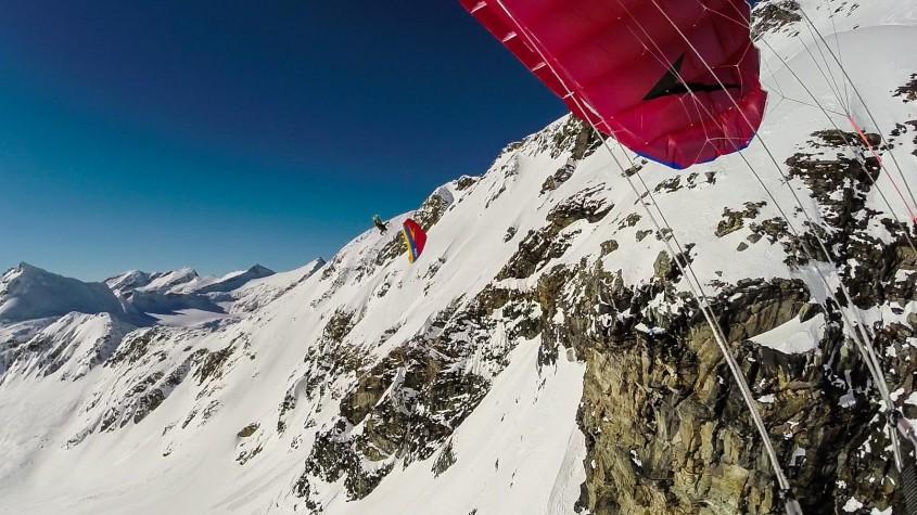 Swing Spitfire 2 Teaser Speedriding am Mölltaler Gletscher Der Name SPITFIRE hat sich in den letzten Jahren zum Maßstab im Speedriding etabliert und ist eine Ikone auf seinem Gebiet. Unser Entwicklungsteam...